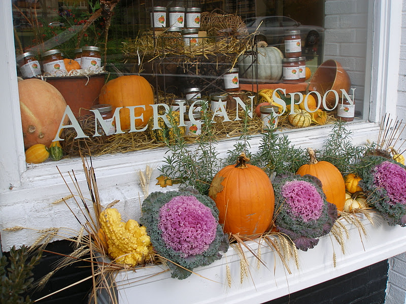Fall window boxes and outdoor decorations angel food garden for Autumn window decoration